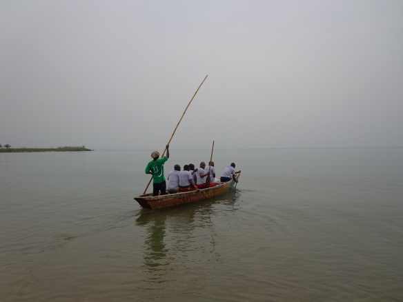 To build unity among the pastors, GPA Burundi organizers included several activities, including boating.