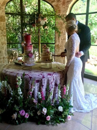 Ryan and Chelsie cutting cake